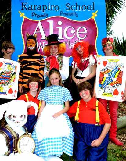 Fun, Easy Script for Kids!  Alice in Wonderland!