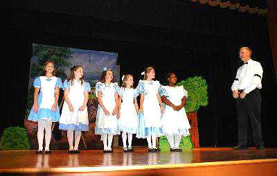 Large Cast School Play - Alice in Wonderland