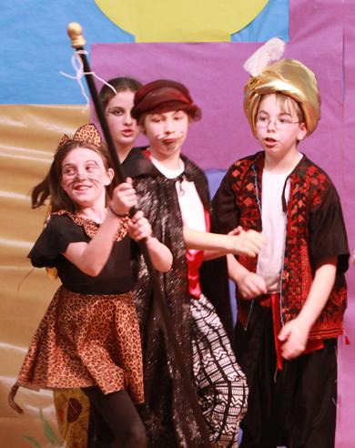 Lively Comedy for Schools!  Aladdin!