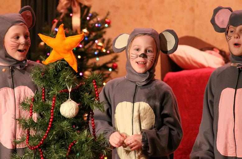 A Christmas Cinderella Musical Play for Kids to Perform!
