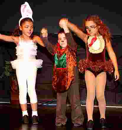 Children's Christmas Plays for Schools! - A Snow White Christmas!