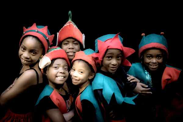 Kids love performing A Christmas Wizard of Oz!