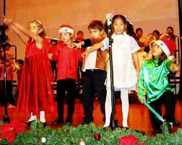 Children's Christmas Musical Play - A Christmas Wizard of Oz
