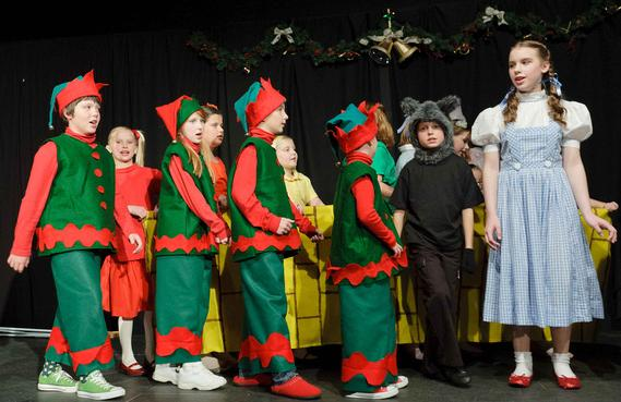 christmas musical for children to perform - Childrens Christmas Musicals