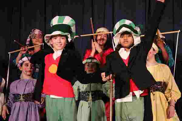 Large Cast Plays for Children!  Pinocchio!