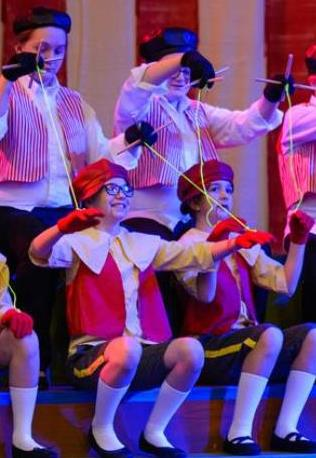 Kids play puppets in ArtReach's Pinocchio